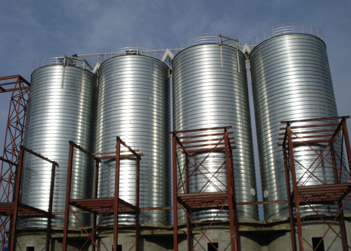steel silo for industrial powder storage